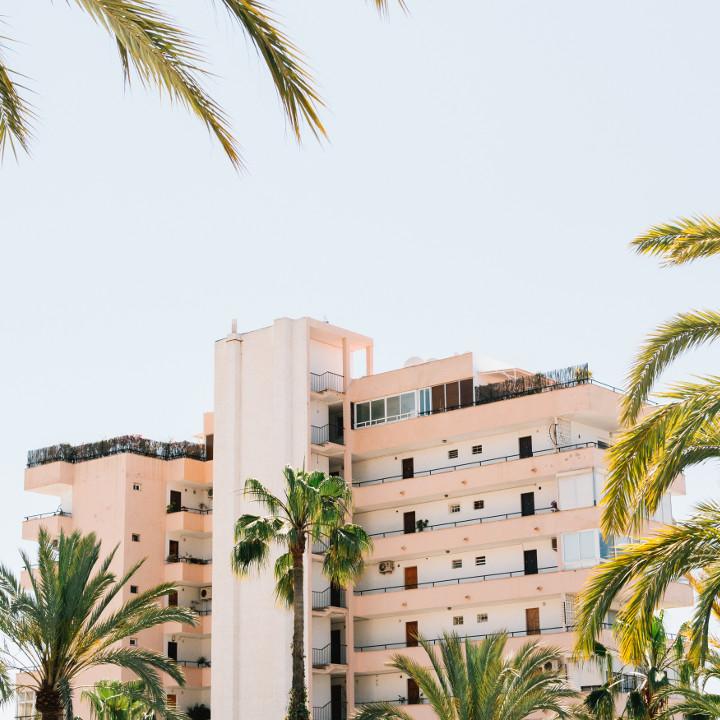 安全、安心の大型ホテル